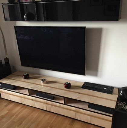 Sycamore & Oak AV Unit